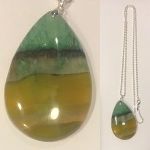 Green with yellow agate necklace